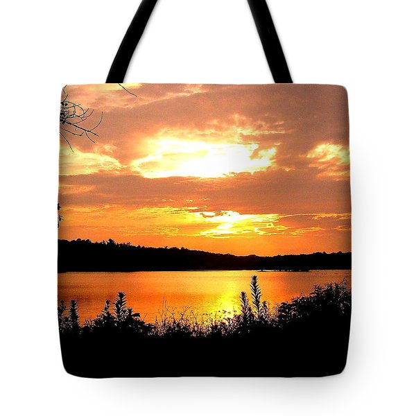Horn Pond Sunset 2 Tote Bag