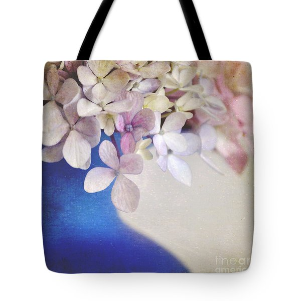 Hydrangeas In Deep Blue Vase Tote Bag by Lyn Randle