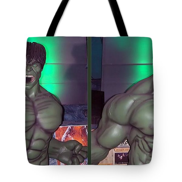 Incredible - Gently Cross Your Eyes And Focus On The Middle Image Tote Bag by Brian Wallace