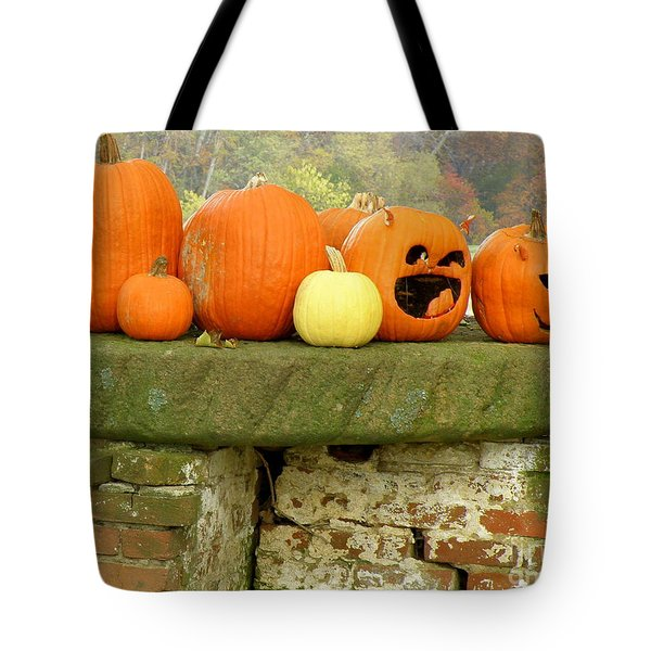 Tote Bag featuring the photograph Jack-0-lanterns by Lainie Wrightson