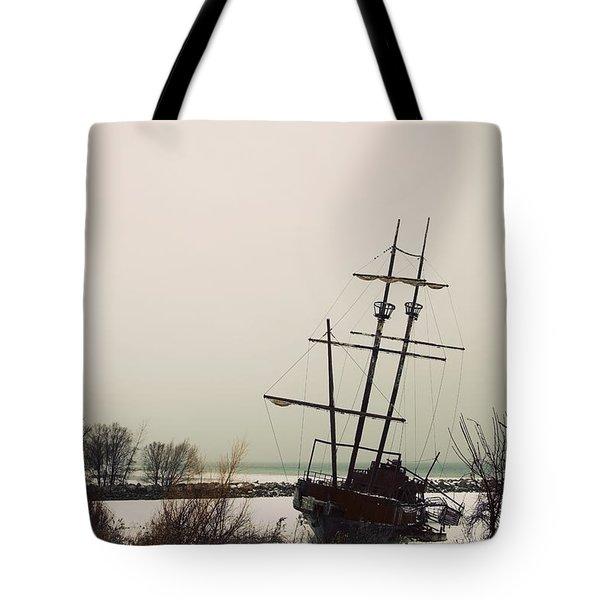 Jordan, Ontario, Canada A Tall Ship Tote Bag by Pete Stec