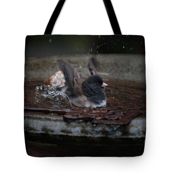 Tote Bag featuring the digital art Junco In The Birdbath by Carol Ailles