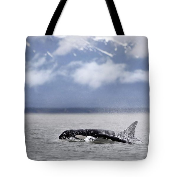 Killer Whales, Alaska Tote Bag by Richard Wear