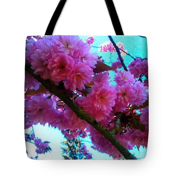 Laden Pink Flowering Dogwood Tote Bag