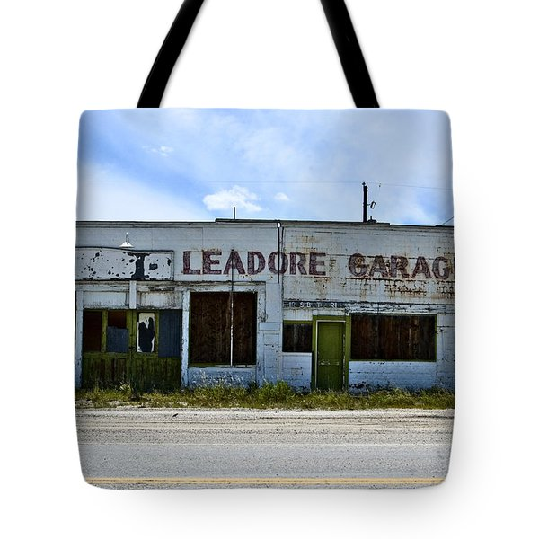 Leadore Garage Tote Bag