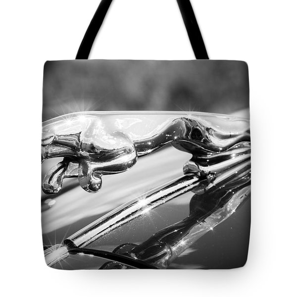 Leaping Jaguar Tote Bag by Sebastian Musial