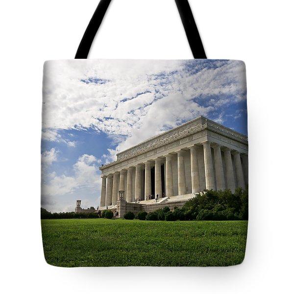 Lincoln Memorial And Sky Tote Bag