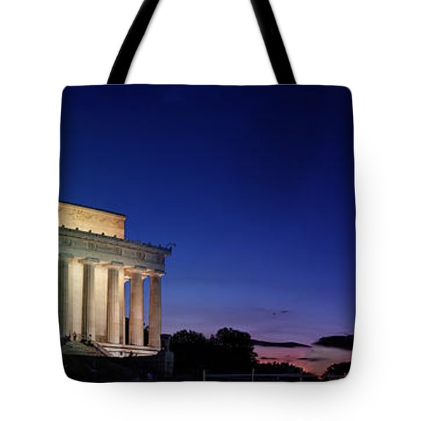 Lincoln Memorial At Sunset Tote Bag