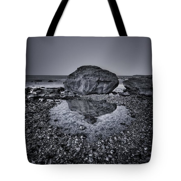Liquid State Tote Bag by Evelina Kremsdorf