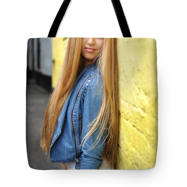 Liuda6 Tote Bag by Yhun Suarez