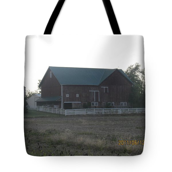 Tote Bag featuring the photograph Lonely Barn by Tina M Wenger