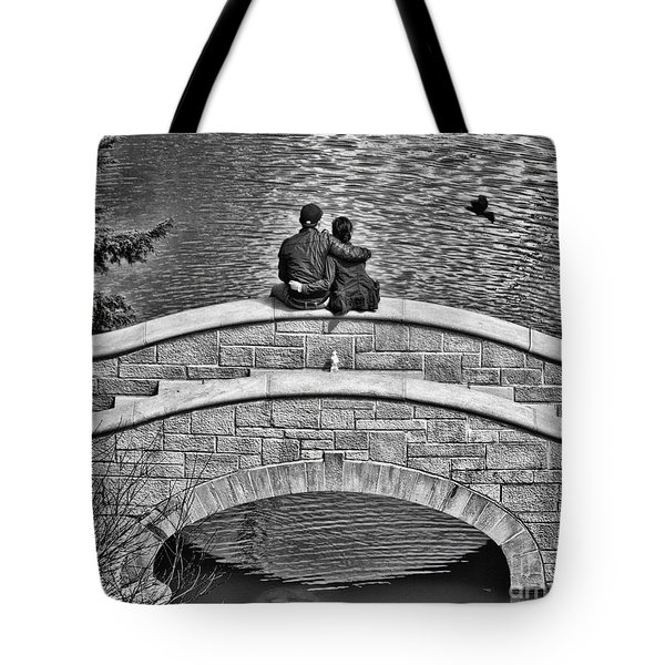 Lovers On A Bridge  Tote Bag