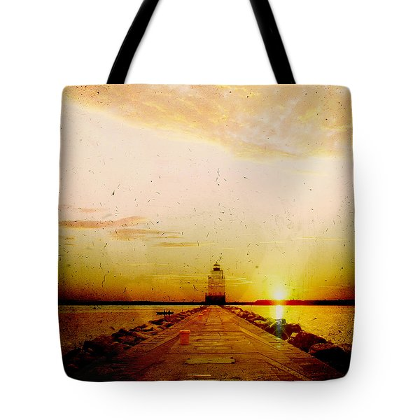 Manitowoc Breakwater Lighthouse Tote Bag