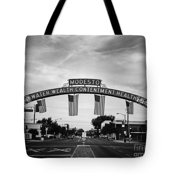 Modesto Arch With Flags Tote Bag