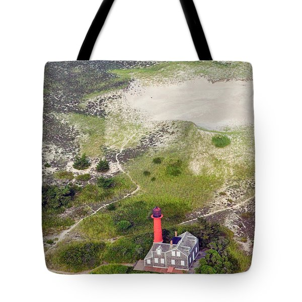Monomoy Light At Monomoy Wildlife Refuge In Chatham On Cape Cod Tote Bag by Matt Suess