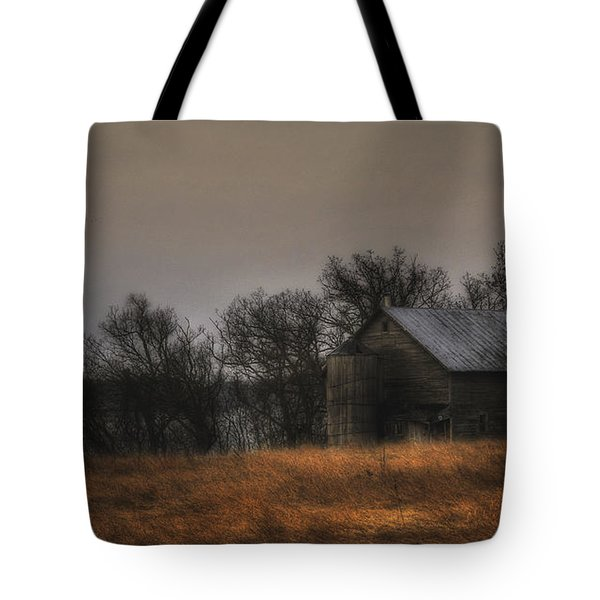 Morning Fog At Jorgens Barn Tote Bag by Trey Foerster
