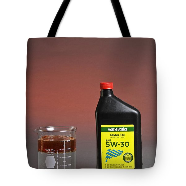 Motor Oil Dissolution Test Tote Bag by Photo Researchers, Inc.