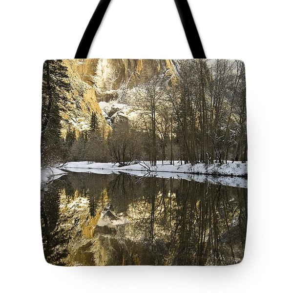 Mountains Reflecting In Merced River In Tote Bag by Robert Brown