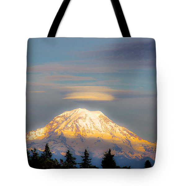 Mt Rainier Sunset With Lenticular Clouds Tote Bag by David Patterson