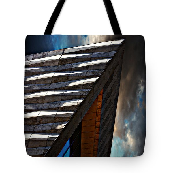Tote Bag featuring the photograph Museum Of Liverpool by Meirion Matthias