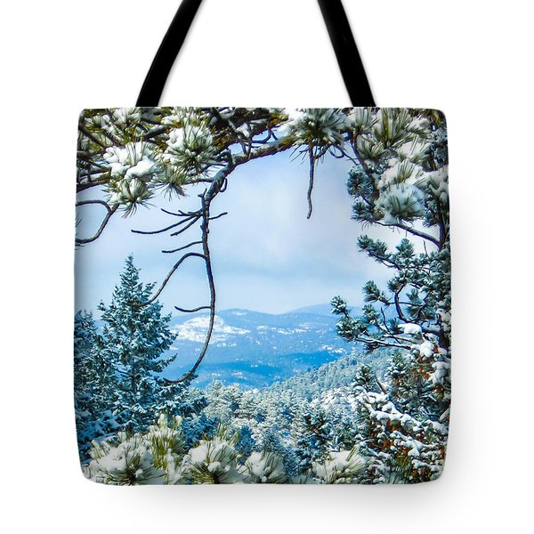Tote Bag featuring the photograph Natural Wreath by Shannon Harrington