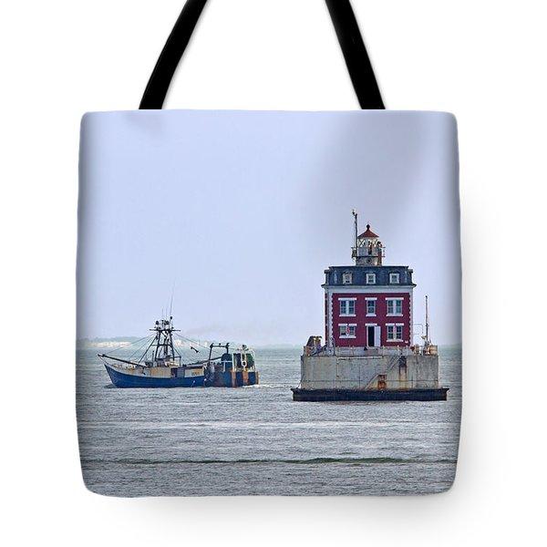 New London Ledge Lighthouse. Tote Bag