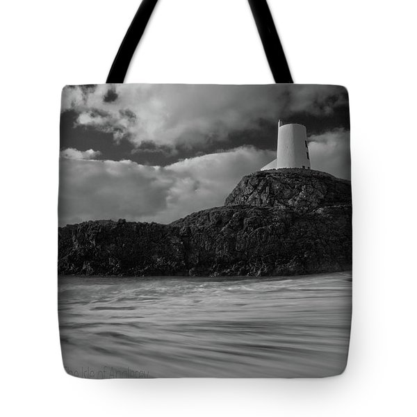 Tote Bag featuring the photograph Niwbwrch Lighthouse by Beverly Cash