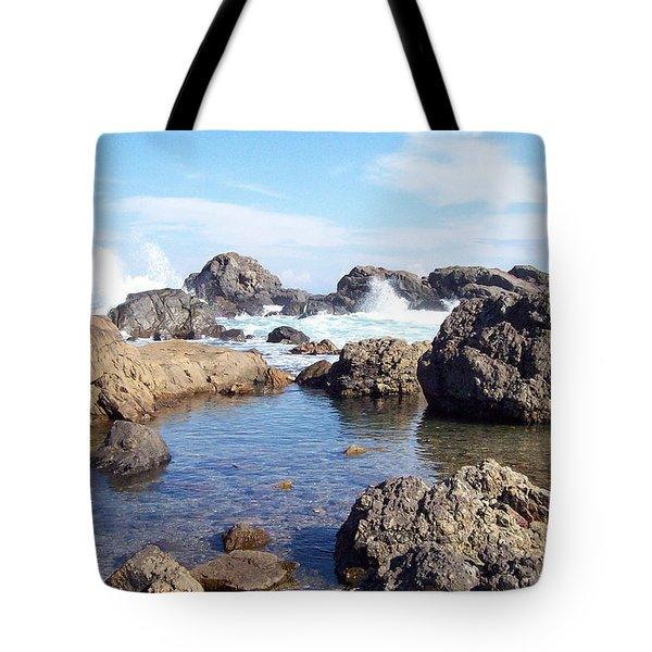 Ocean Tide On The Rocks Tote Bag