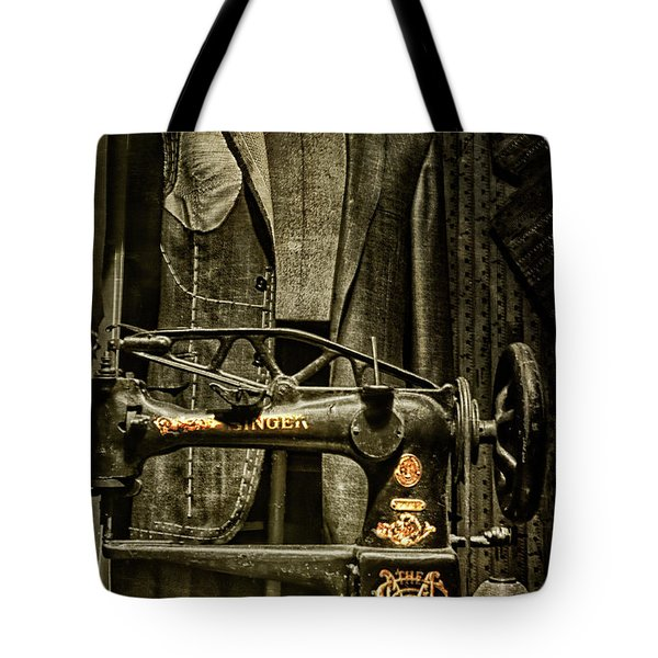 Ode To A Singer Tote Bag by Chris Lord