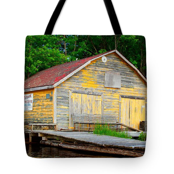 Tote Bag featuring the photograph Old Cabin by Les Palenik