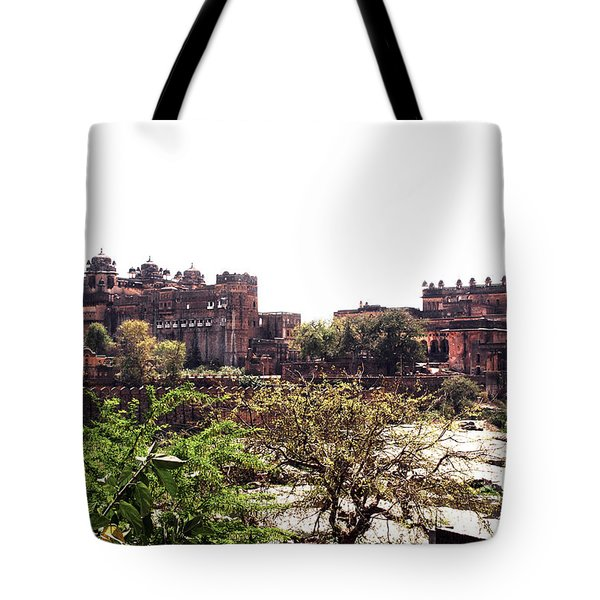 Old Fort In India Tote Bag by Sumit Mehndiratta