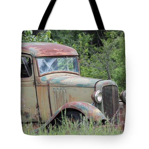 Tote Bag featuring the photograph Abandoned Truck In Field by Athena Mckinzie