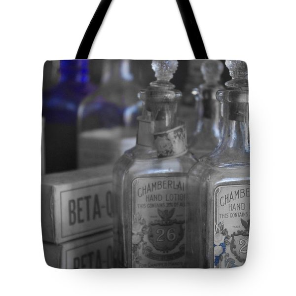 Tote Bag featuring the photograph Old West 13 by Deniece Platt