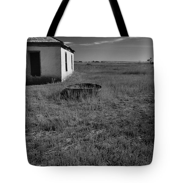 Tote Bag featuring the photograph On The Hi-lo Plains by Ron Cline