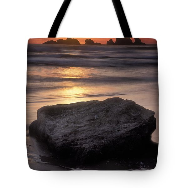 Oregon Sunset Tote Bag by Dave Mills