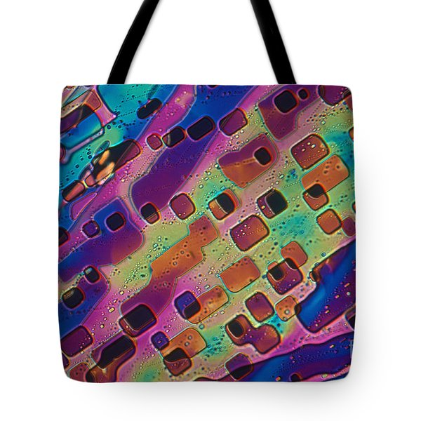 Paradichlorobenzene Crystals  Tote Bag by Michael Abbey and Photo Researchers