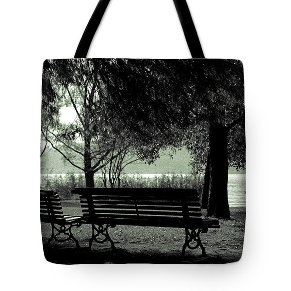 Park Benches In Autumn Tote Bag by Joana Kruse