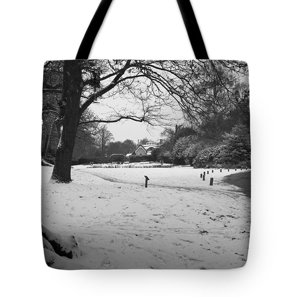 Tote Bag featuring the photograph Park Cottage by Maj Seda