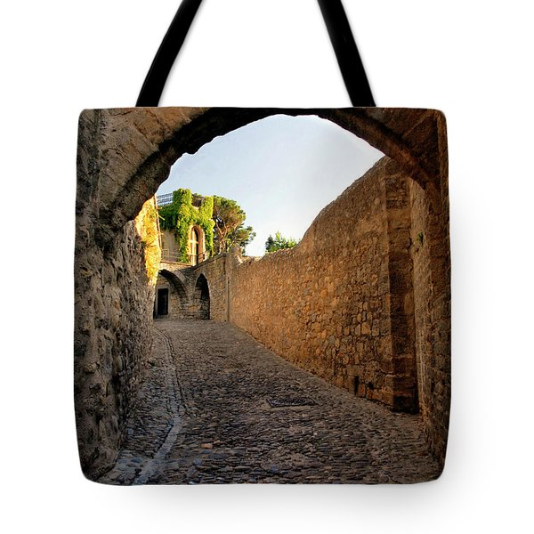 Tote Bag featuring the photograph Pathway Through Gordes France by Dave Mills