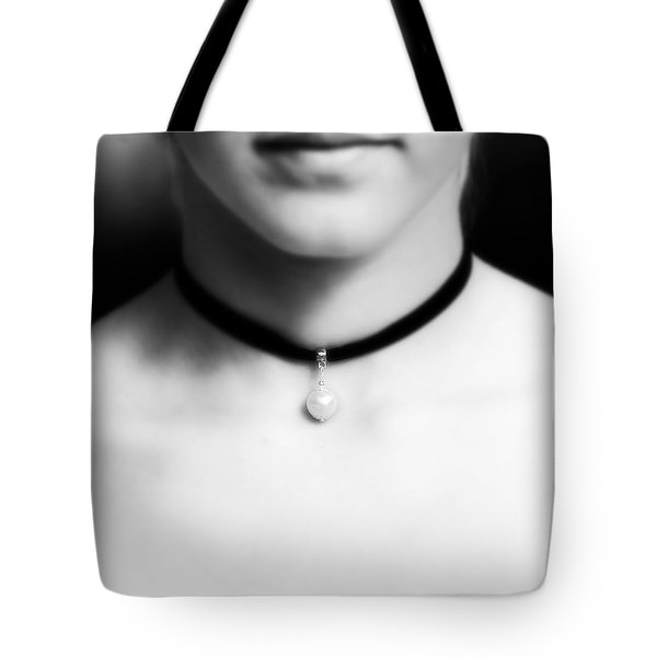 Pearl Tote Bag by Joana Kruse