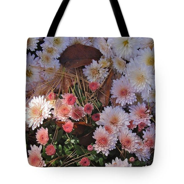 Tote Bag featuring the photograph Pink Mum by Joseph Yarbrough