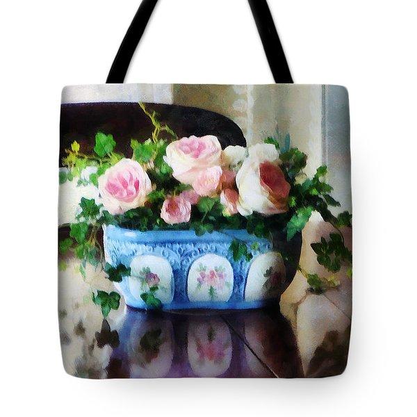 Pink Roses And Ivy Tote Bag by Susan Savad