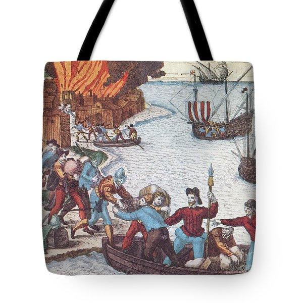 Pirates Burn Havana, 1555 Tote Bag by Photo Researchers