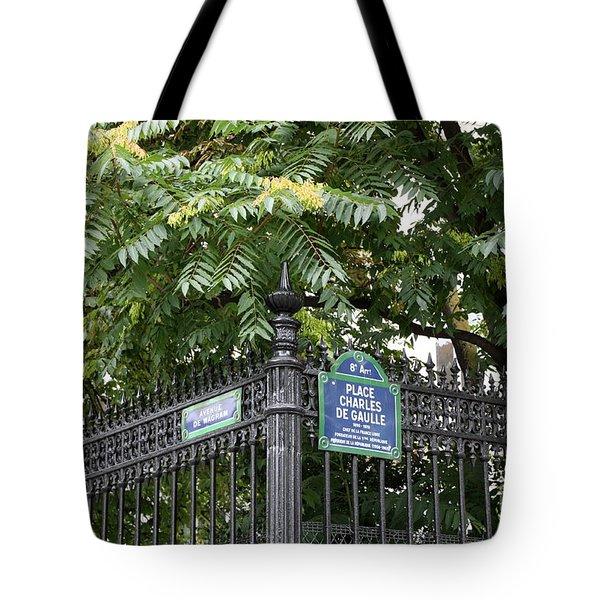 Place Charles De Gaulle And Avenue De Wagram Tote Bag by Carol Groenen
