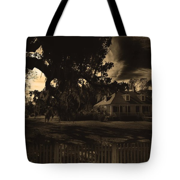Plantation House  Tote Bag