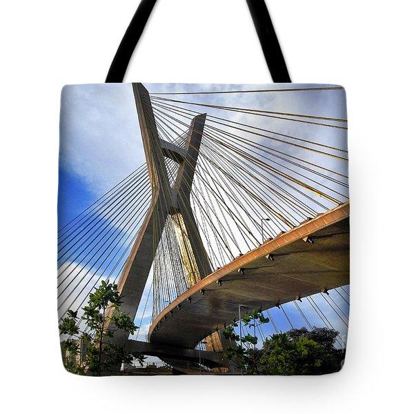 Ponte Estaiada Octavio Frias De Oliveira Ao Cair Da Tarde Tote Bag