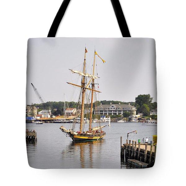 Pride Of Baltimore II Pb2p Tote Bag