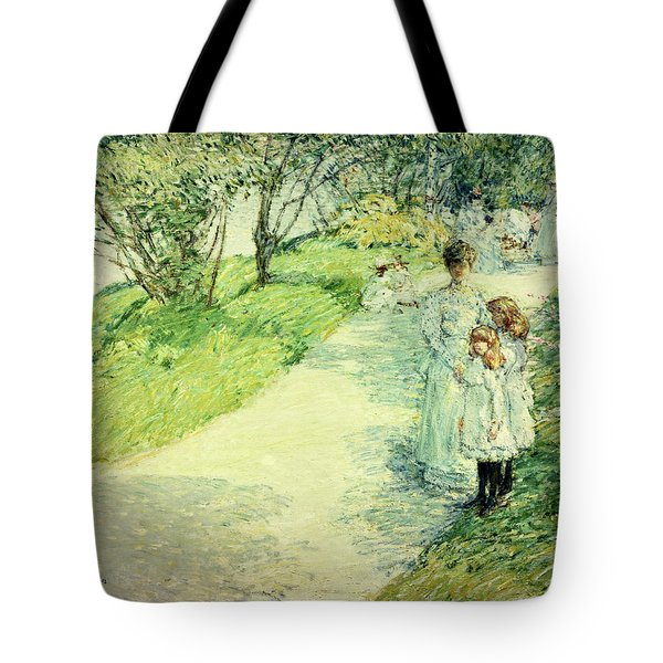 Promenaders In The Garden Tote Bag by Childe Hassam