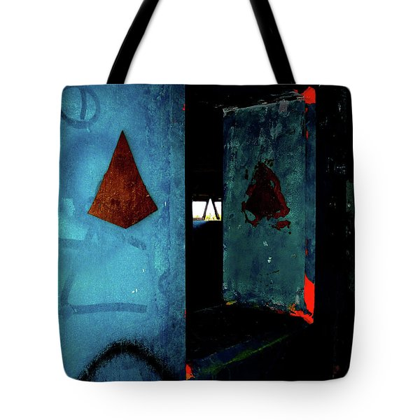 Tote Bag featuring the photograph Pyramid Power by Newel Hunter