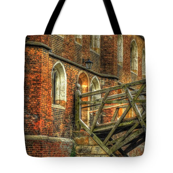 Queens' College And Mathematical Bridge Tote Bag by Yhun Suarez